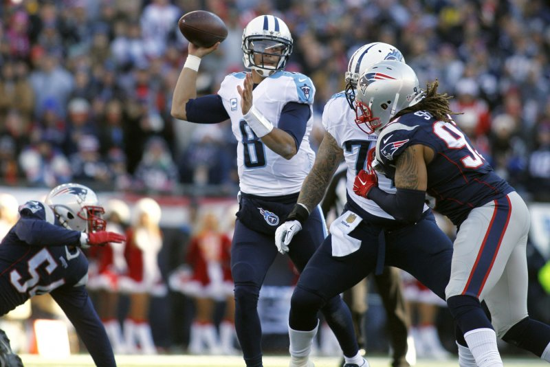 Titans' Marcus Mariota suffers ankle injury, leaves field on cart