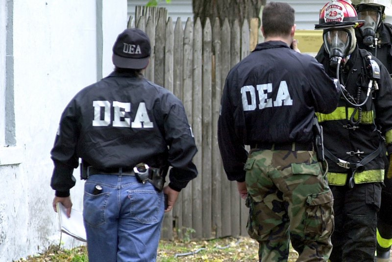 dea agent For 14 months, the first thing dave herrod, a special agent with the drug  dea  agents then managed to get on board and install tracking devices before the.