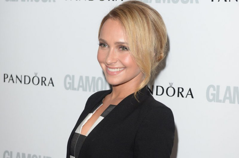 anistons new haircut to download pictures of jennifer anistons new ...