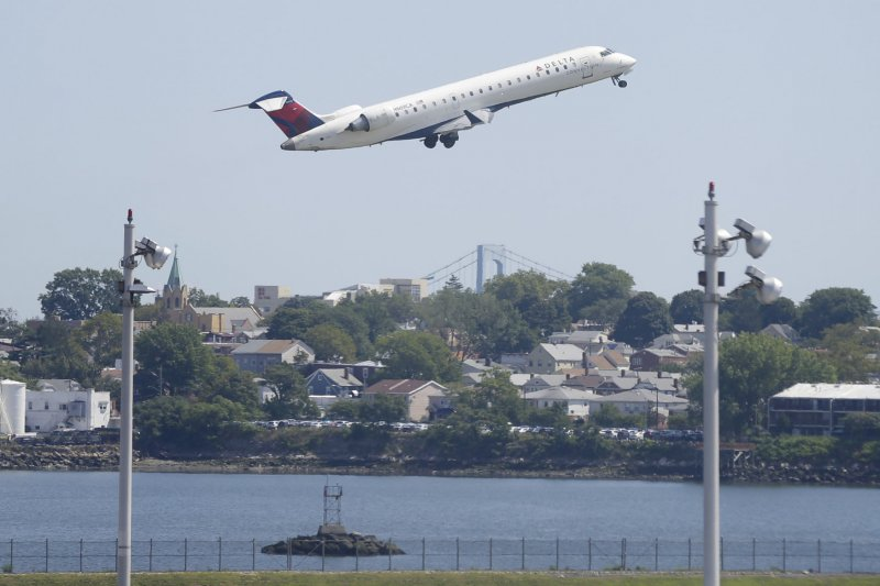 Delta struggles to take flight after global system outage