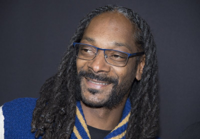 Snoop Dogg gives hilariously bad answers on 'Family Feud'