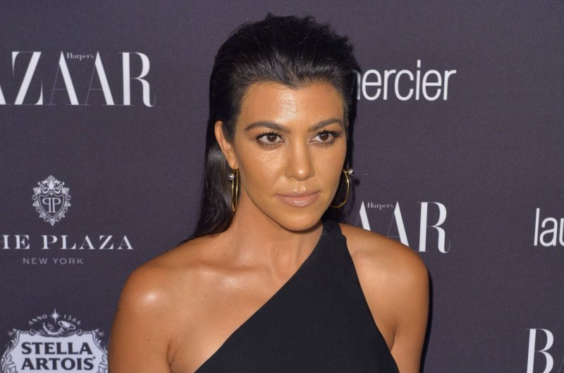 This Is How Kourtney Kardashian Decorates Her House for Christmas
