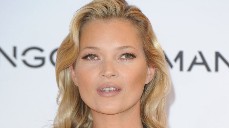 Kate-Moss-to-bare-it-all-for-Playboys-60th-anniversary.jpg