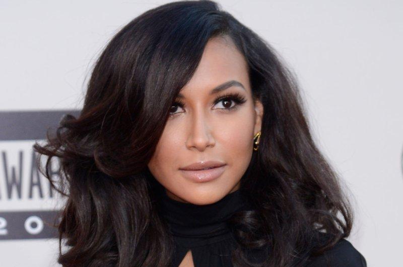 Kim kardashian magazine cover controversy reanimators