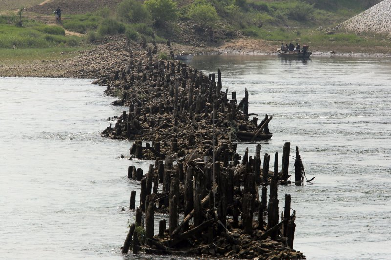 un agency says north korea floods killed 21 upicom agency office literally disappears hours