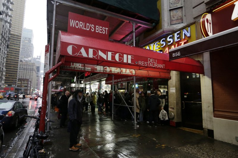 Dishwasher of famed Carnegie Deli makes bid to become the owner