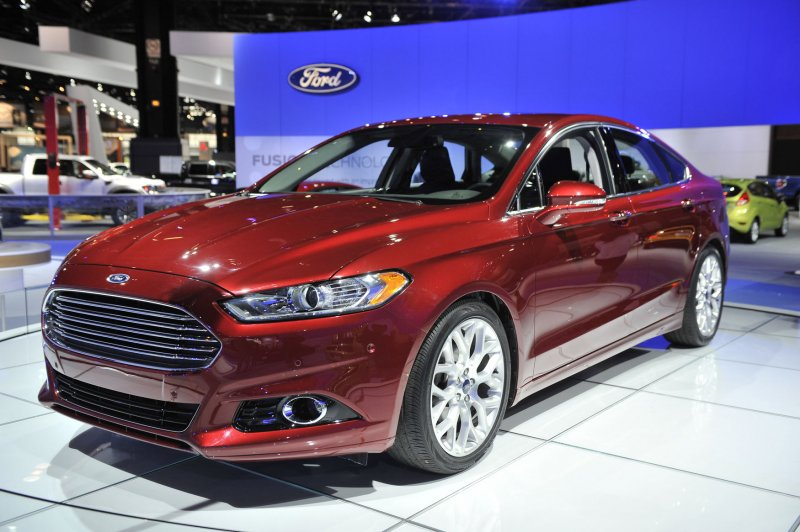 Ford Fusions face safety probe over brakes