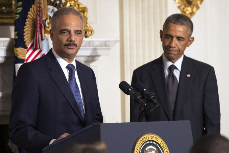 California Hires Eric Holder for Legal Fights Against Trump White House