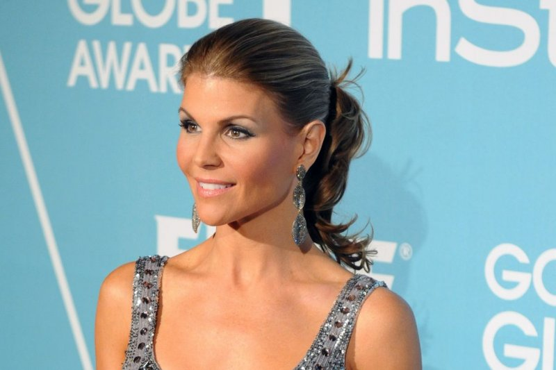 Lori Loughlin Photos