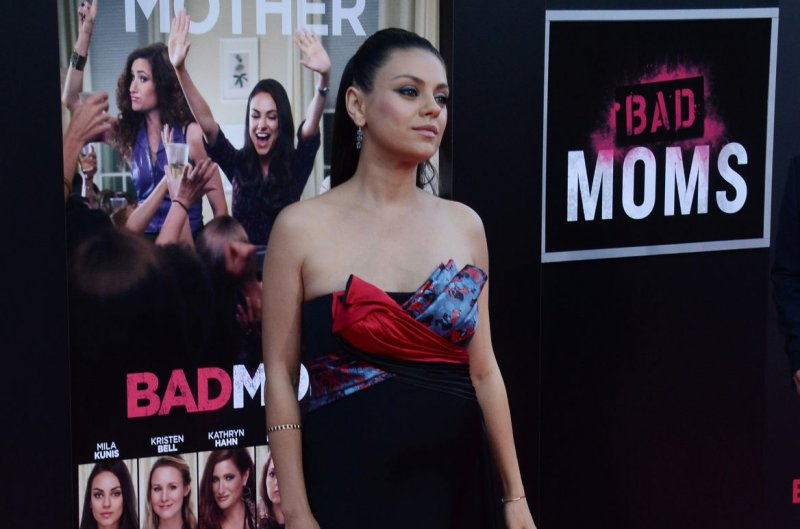 Bad Moms 2 is a Christmas movie!