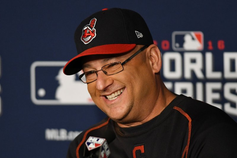 Indians' Francona wins AL Manager of Year; NL honor up next