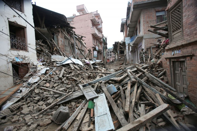 Nepal: Baby found alive in rubble 22 hours after ...