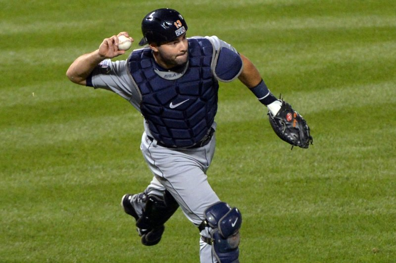Alex Avila returning to Detroit Tigers