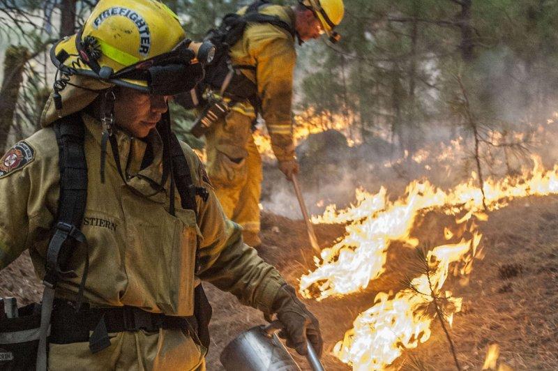 new wildfires in oregon include 10000acre blaze upicom