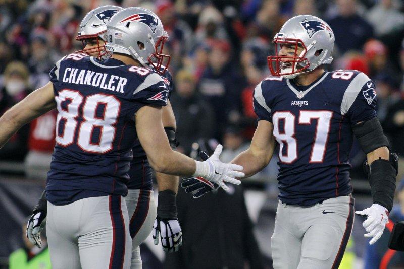 Patriots release veteran TE Chandler, receiver LaFell