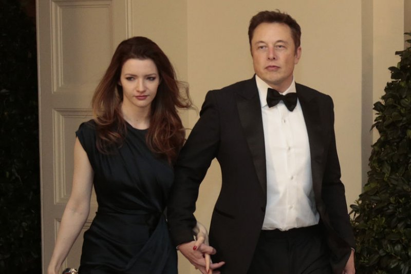 Elon Musk might be back together with Amber Heard — meet ...