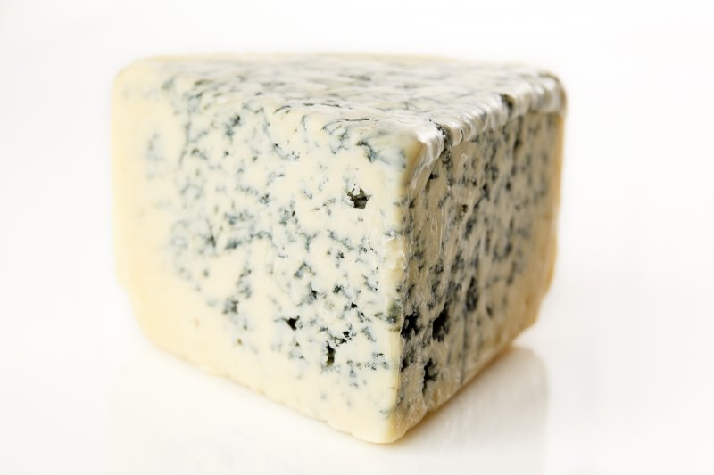 Trailer full of 20,000 pounds of cheese stolen in Wisconsin