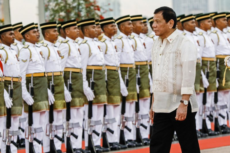 Duterte Congratulates Trump, Hopes for Better Ties