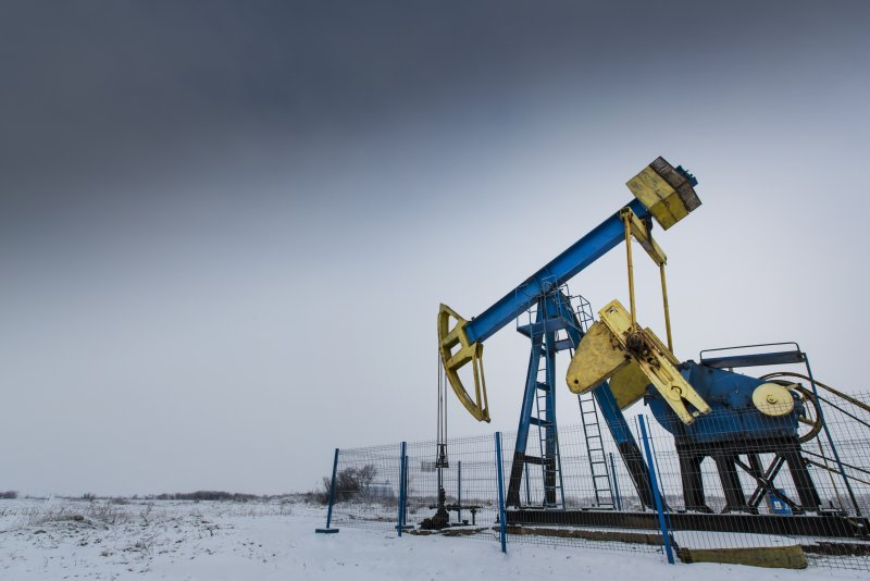 Russia sets up oil-production monitoring group thumbnail
