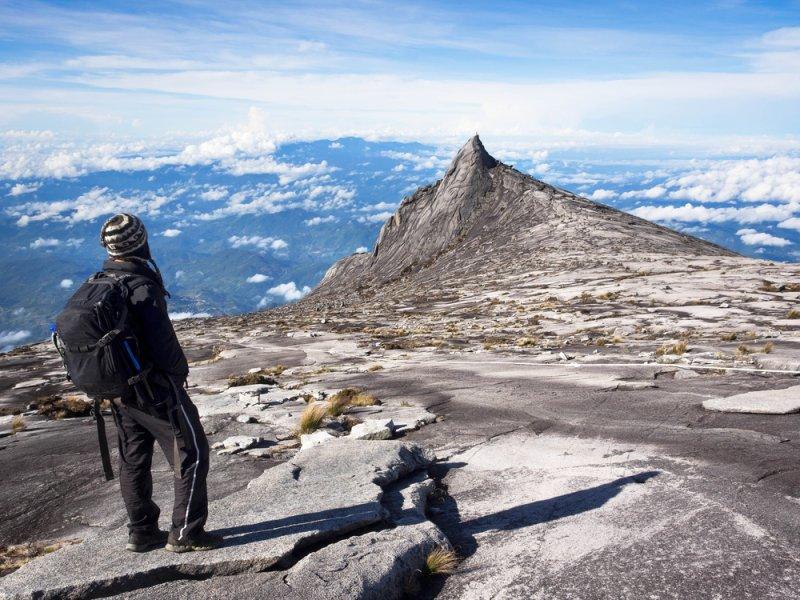 Malaysia Tourist Mountain Malaysia Detains Tourists For