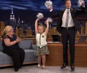 http://cdnph.upi.com/sv/em/i/UPI-1061402585961/2014/1/14025868509924/Honey-Boo-Boo-Jimmy-Fallon-perform-cheerleader-routine-on-Tonight-Show.jpg