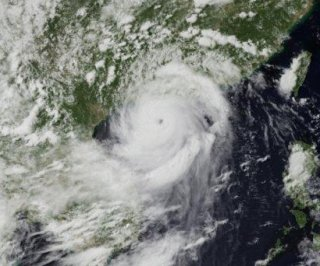 http://cdnph.upi.com/sv/em/i/UPI-1321405956369/2014/1/14059573387140/33-die-as-typhoon-hits-China.jpg