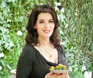 http://cdnph.upi.com/sv/em/i/UPI-1411396531803/2014/1/13855864848455/Nigella-Lawson-barred-from-US-due-to-drug-use.jpg