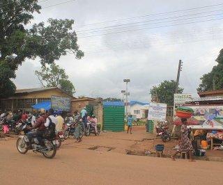 http://cdnph.upi.com/sv/em/i/UPI-1431407430610/2014/1/14074320523045/Liberia-Sierra-Leone-fight-Ebola-with-blockades.jpg