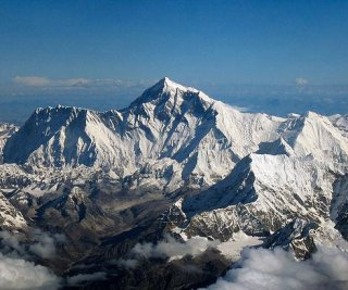 http://cdnph.upi.com/sv/em/i/UPI-1641397821901/2014/1/13978230089296/Update-At-least-12-killed-in-avalanche-on-Mount-Everest.jpg