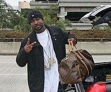 http://cdnph.upi.com/sv/em/i/UPI-16481344288172/2012/1/13442874252079/Young-Buck-starts-18-month-prison-sentence.jpg