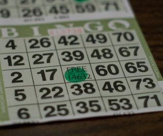 http://cdnph.upi.com/sv/em/i/UPI-1781388425512/2013/1/13884261947980/KY-man-arrested-for-running-through-bingo-hall-with-pants-down-while-yelling-Bingo.jpg