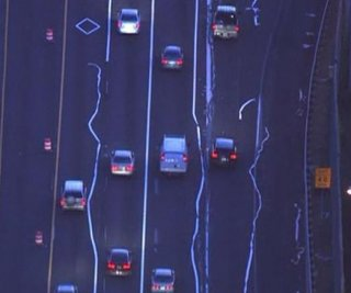 http://cdnph.upi.com/sv/em/i/UPI-1871409086645/2014/1/14090893475320/Zig-zagging-lane-lines-confuse-commuters-along-I-66-in-Virginia.jpg