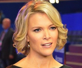 http://cdnph.upi.com/sv/em/i/UPI-1941388773475/2014/1/13728592087903/Megyn-Kelly-jokes-about-sleeping-with-meteorologist-Janice-Dean-during-Hercules-coverage.jpg