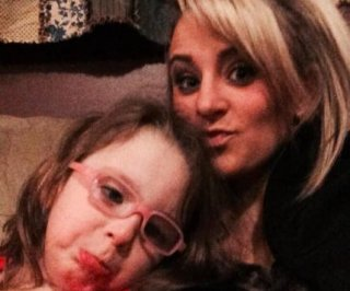 http://cdnph.upi.com/sv/em/i/UPI-2251390405841/2014/1/13904060754298/Leah-Messer-Teen-Mom-2-star-reveals-daughter-has-muscular-dystrophy.jpg