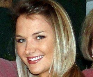 http://cdnph.upi.com/sv/em/i/UPI-23761341269351/2012/1/13413193938458/Aimee-Copeland-leaves-hospital.jpg