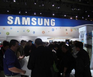 http://cdnph.upi.com/sv/em/i/UPI-2581405357375/2014/1/14053587072661/Samsung-drops-Chinese-supplier-after-evidence-of-child-labor.jpg