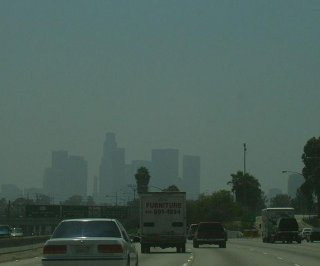 //cdnph.upi.com/sv/em/i/UPI-2601398864640/2014/1/13988705151638/Almost-half-of-the-US-breathing-unhealthy-air.jpg