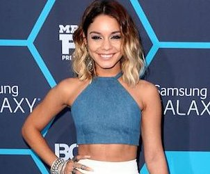http://cdnph.upi.com/sv/em/i/UPI-2611406561090/2014/1/14065634718148/Vanessa-Hudgens-receives-Young-Hollywood-trendsetter-award.jpg