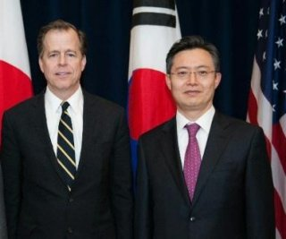 http://cdnph.upi.com/sv/em/i/UPI-2701401460476/2014/1/14014618177460/South-Korean-top-nuclear-official-traveling-to-Washington-for-talks-with-US-counterpart.jpg