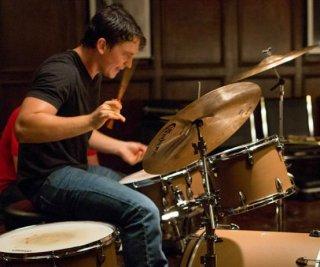 http://cdnph.upi.com/sv/em/i/UPI-2731406305972/2014/1/14063083624523/Miles-Teller-stars-as-a-drum-prodigy-in-Whiplash-trailer.jpg