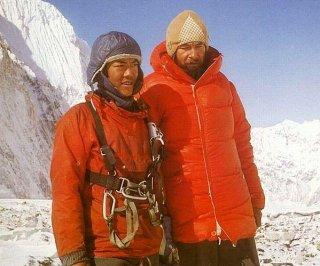 http://cdnph.upi.com/sv/em/i/UPI-2811398089992/2014/1/13980946573226/Possible-Sherpa-strike-following-Everest-disaster.jpg