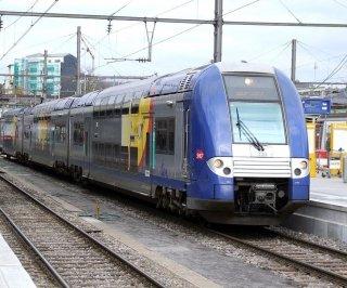 http://cdnph.upi.com/sv/em/i/UPI-2951400680880/2014/1/14006819476966/New-French-trains-too-wide-for-station-platforms.jpg