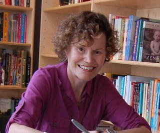 http://cdnph.upi.com/sv/em/i/UPI-29551346868718/2012/1/13468688823007/Judy-Blume-treated-for-breast-cancer.jpg