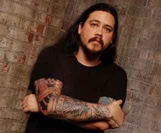 http://cdnph.upi.com/sv/em/i/UPI-2971397488886/2014/1/13974908139504/Deftones-honor-late-bassist-Chi-Cheng-with-previously-unreleased-track-Smile.jpg