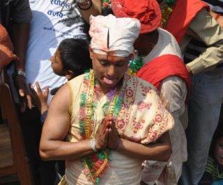 http://cdnph.upi.com/sv/em/i/UPI-31371732728211/2013/1/91371735258310/Nepali-village-preserves-tongue-piercing-ritual.jpg