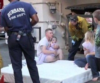 http://cdnph.upi.com/sv/em/i/UPI-3901395145039/2014/1/13951452875856/California-baby-saved-from-fall-from-third-story-window-by-rescuers-mattress.jpg
