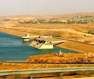 http://cdnph.upi.com/sv/em/i/UPI-3901408303981/2014/1/14083047632204/Kurdish-forces-in-Iraq-reclaim-part-of-Mosul-Dam-from-IS.jpg