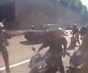http://cdnph.upi.com/sv/em/i/UPI-4071381146389/2013/1/13811494329862/SUV-gang-assault-NYPD-says-bikers-stomped-on-driver.jpg