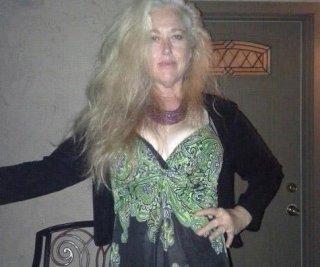 http://cdnph.upi.com/sv/em/i/UPI-4391406730271/2014/1/14067318814984/Drew-Barrymores-half-sister-dead-of-apparent-suicide.jpg