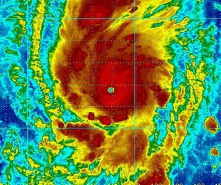 http://cdnph.upi.com/sv/em/i/UPI-4441401143571/2014/1/14011464112858/Hurricane-Amanda-weakens-to-Category-3.jpg